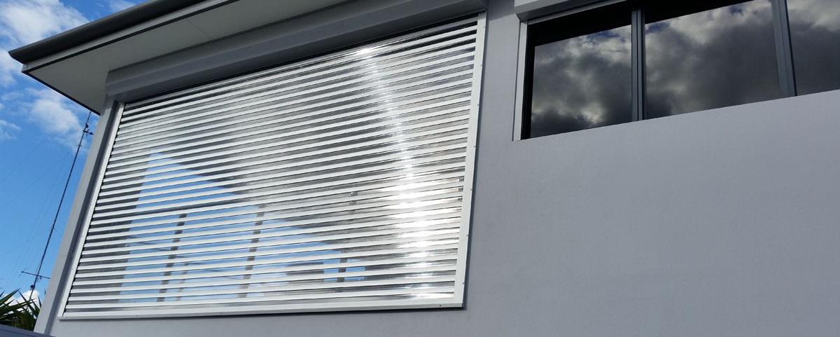 درب کرکره پلی کربنات
