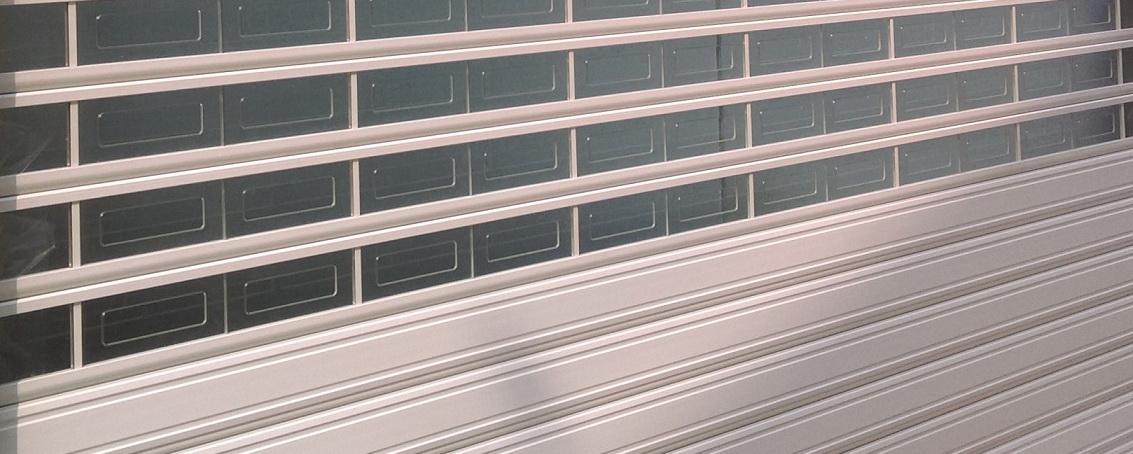 کرکره برقی شفاف