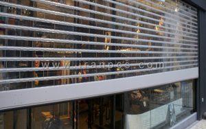 کرکره شیشه ای ویترین فروشگاه
